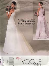 Vera Wang Bridal Size Chart Vogue 2118 Vera Wang Bridal Wedding Dress Size 6 8 10 Back Slit Opening With Ruffles