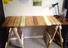 upcycled pallet diy trestle table