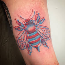 3d Red And Blue Bee Tattoo Tattoogridnet