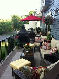 Long skinny townhouse deck Creating two spaces Summer deck