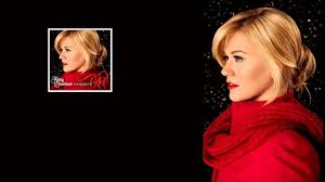 Kelly Clarkson - Wrapped In Red (Full ...