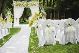 wedding chair covers articles easy weddings Wedding Linen Brisbane wedding chair covers Wedding Centerpieces
