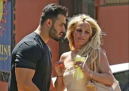 Instead, framing britney spears covers her rise to stardom, the unfair pressure placed on her at the height of her fame, the tabloid culture that destroyed her life, and the conservatorship under which she currently lives. Sam Asghari Britney Spears Boyfriend Shares Update For Concerned Fans