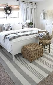 Stylish farmhouse master bedroom decor ideas Rustic Bedroom Tip 5 Farmhouse Bedding Ideas Cgmaille Farmhouse Bedroom Ideas 19 Best Bedroom Makeover Tips