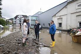 Deadly floods sharpen focus on climate ...