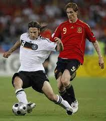 Raul ยูโร2008สเปนบ้านวิลล่า Fernando Hierro Torres Retro Classic เสื้อสีแดง