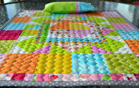 Sew Fresh Quilts: Top 10 Tips for New Quilters - Quilting with ... & Zig-zag on Medallion Doll Quilt Adamdwight.com