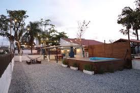 Alquiler chalet en conil, en el colorado situado en una zona muy tranquila, con barbacoa, porche, aparcamiento privado. Casa Privativa Piscina Mesa De Sinuca E Netflix Houses For Rent In Sc Santa Catarina Brazil