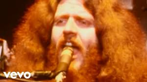 <b>Kansas</b> - Carry on Wayward Son (Official Video) - YouTube