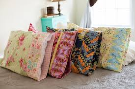 How Much Fabric To Make A Pillowcase Extraordinary Pillowcase Fun