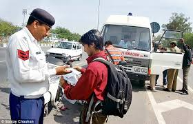 Traffic Online Daily Tighten Police Offenders Criminals Police Delhi 2 On Mail Habitual Crackdown 700 Noose