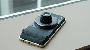 motorola z2. like we mentioned, the moto z2 play is still compatible with motorola\u0027s mod accessories, meaning all of accessories that fits on z and motorola c