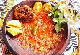 Tuangkan terasi yang sudah ditumis dengan minyak, satu sendok makan saja. 5 Resep Sambal Tomat Terpopuler Enak Disantap Dengan Terong Hingga Ikan