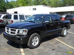 2011 Dodge Dakota Big Horn Crew Cab 4x4 in Brilliant Black Crystal ...