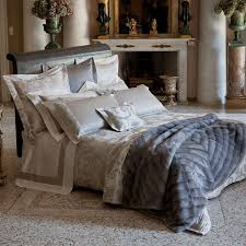 Decorative Bed Pillow Sets