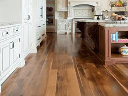 traditional laminate kitchen floor