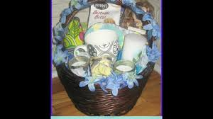 how to make an easy wedding gift basket diy gift baskets