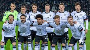 Fußball ist die in deutschland mit abstand beliebteste sportart. Nationalmannschaft Das Ware Euer Deutschland Kader Fur Die Em 2020 Fussball News Sky Sport