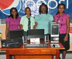 charlestown secondary school student wins pepsi essay competition    from left  brand executive alexis crawford  first prize winner ashley jaisingh  charlestown secondary