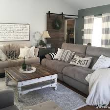 country living room furniture. this country chic living room is everything! @rachel_bousquet has us swooning! furniture
