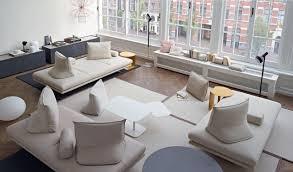Il salotto si ispira allo stile nordico