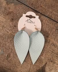 lia leaf leather earring ash mint