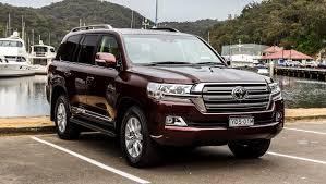 Photos Toyota 2015-16 Land Cruiser 200 Sahara Metallic automobile