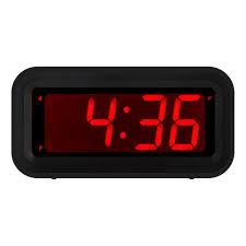 com kwanwa led digital alarm clock battery operated only small for bedroom wall travel with constantly big red digits display home kitchen