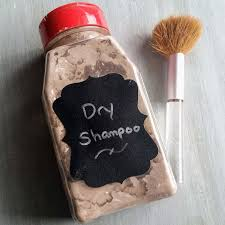 this is the best diy dry shampoo recipe dry shampoo s like batiste contain toxic