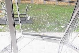 Gerade ist eine maschine aus mexiko gelandet. Ein Fon Sprengt Fenster Aus Der Wand Derwesten De