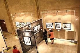 art gallery lighting display lighting in an art gallery illuminating pictures art gallery lighting led art gallery lighting