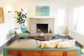 mid century modern eclectic living room. Gorgeous Mid Century Modern Eclectic Living Room With Wall Sconce Platform Home Staging O
