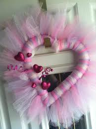 valentine wreaths for your front doorSweet Valentine Wreaths for Your Front Door