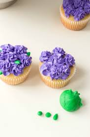 Easy Flower Cupcakes Perfect For Easter And Mothers Day Easy