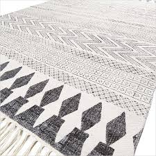 white black cotton block print boho area accent flat weave woven dhurrie rug 4 x 6 ft