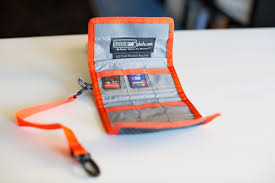 Camera And Declutter Cult Mac Card These Thinktank Sd Battery Of From Wallets Bag Your With review