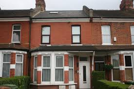 1 Bedroom Part Furnished Flat To Rent On Benhill Avenue, Sutton, SURREY,