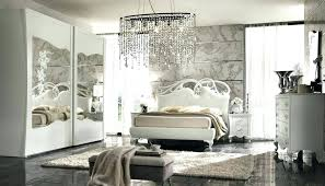 bedroom with mirrored furniture. Mirrored Furniture In Bedroom Ideas Decorating With