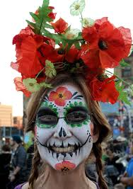 dead sman essay day of the dead essay painted faces at the day of the dead festival nov