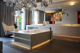 BATHROOM — LUXURY MIRROR TV WORLDWIDE 0203 6000 345
