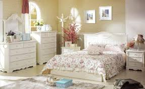 Shabby Chic Bedroom Yellow Creamy Bedroom Furniture Set Natural Wood Bench  Seating Two Light Wall Sconce