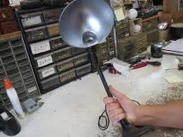as with any repair we start with an inspection looking at the cord socket base and this lamp seems to be in really good shape