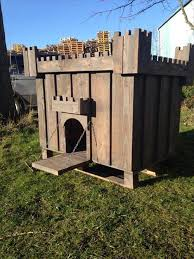 DIY Dog House Plans made from Pallets   Pallets DesignsAwesome pallet dog house plans diy