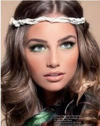 love the makeup would look so beautiful for a beach