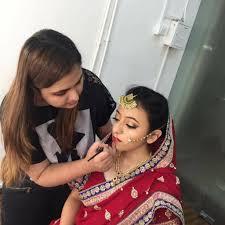 kirti gandhi makeup artist in mumbai