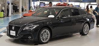 Toyota Crown - Wikipedia