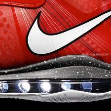 lebron 8 christmas. nike-basketball-lebron-8-v2-christmas-2010-01 lebron 8 christmas