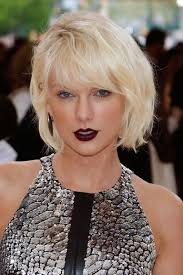 taylor swift heavy eye makeup looks the met gala makeup looks you can copy for