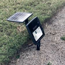 Gama Sonic Solar Security Light 2w Solar Flood Light With Warm White Or Bright White Leds Gs 203
