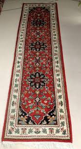 oriental carpet gallery runner 100 hand knotted with fringes at head l 302 cm w 79 cm